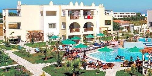 Забронировать Gaia Royal Hotel