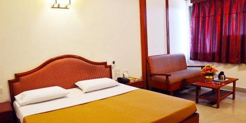 Забронировать Hotel Chalukya - PHG