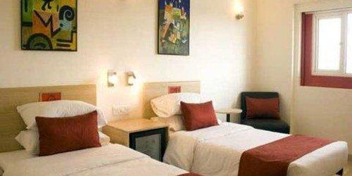 Забронировать Red Fox Hotel, Jaipur