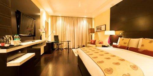 Забронировать Jaipur Marriott Hotel