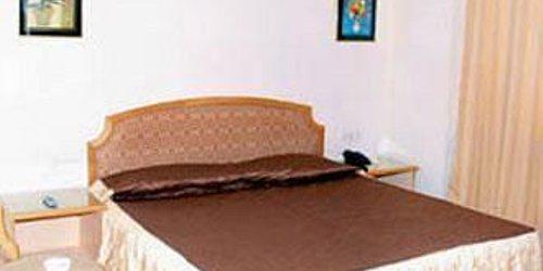 Забронировать Hotel Kanchandeep