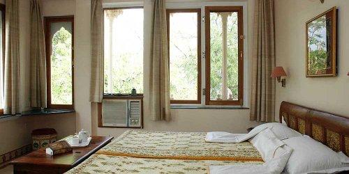 Забронировать Om Niwas Suite Hotel