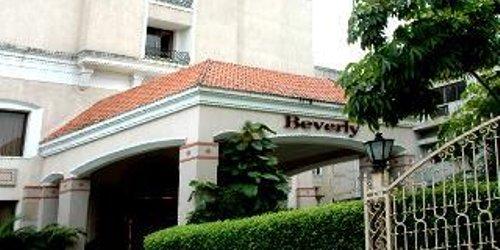 Забронировать Beverly Hotel