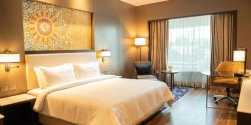 Забронировать Radisson Blu Agra Taj East Gate
