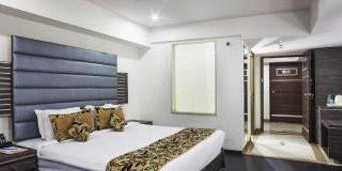 Забронировать Rajmahal Hotel