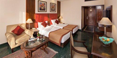 Забронировать Mansingh Palace, Agra