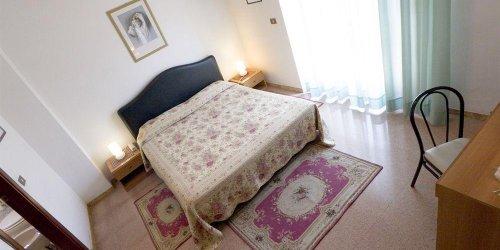 Забронировать Hotel La Ruota Dei Pavoni