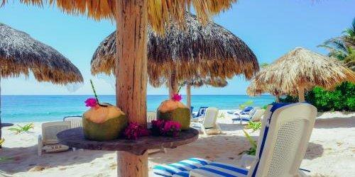 Забронировать Aquatech Villas DeRosa Resort