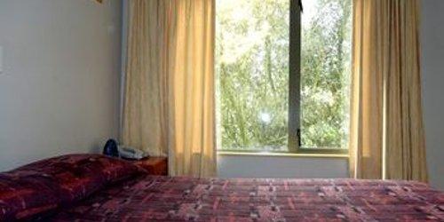 Забронировать Bealey Avenue Motel