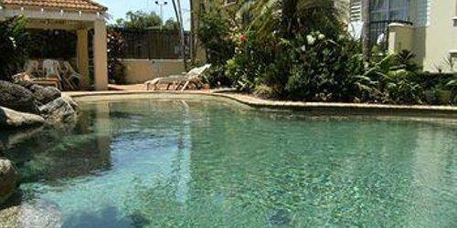 Забронировать Villa Vaucluse Apartments