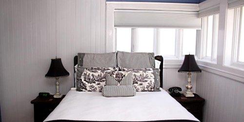 Забронировать Amber House Bed & Breakfast