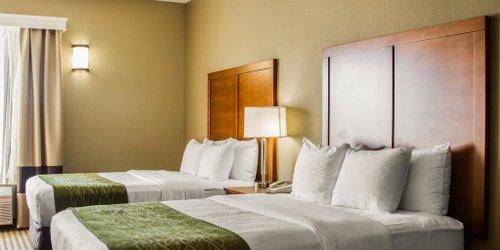 Забронировать Comfort Inn & Suites Sacramento – University Area