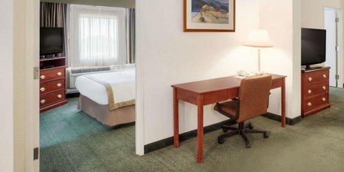 Забронировать Hawthorn Suites Sacramento