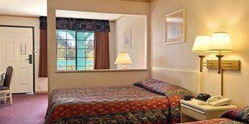 Забронировать Executive Inn & Suites Sacramento