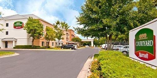 Забронировать Courtyard Memphis East/Lenox Corporate Park