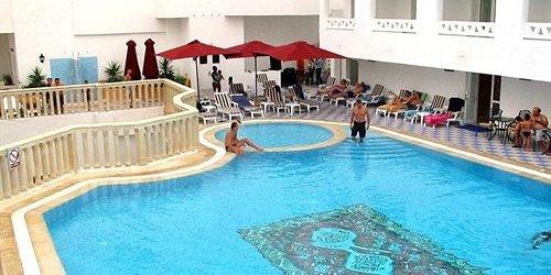 Забронировать El Kantaoui Center 4*