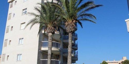 Забронировать C&B Apartamentos Malibu Playa
