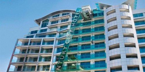 Забронировать Distinction Wellington, Century City Hotel