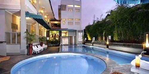 Забронировать Cakra Kusuma Hotel