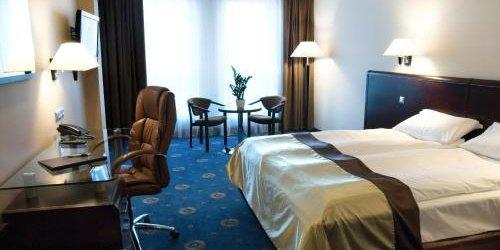Забронировать Ambasador Centrum