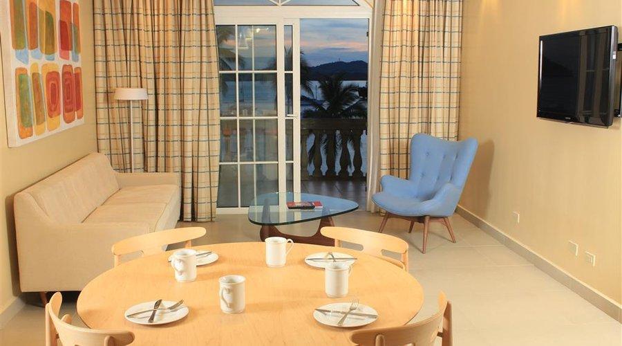Country Inn amp Suites by Radisson Panama City Beach FL