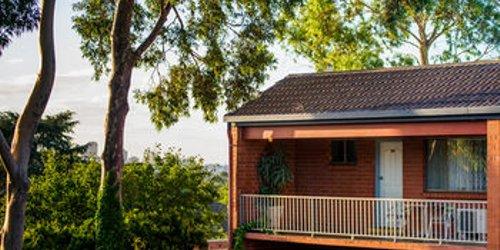 Забронировать Adelaide Granada Motor Inn