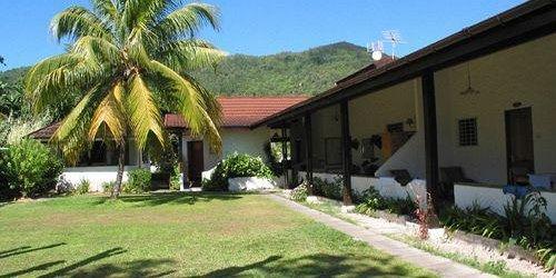 Забронировать Beach Villa Guest House