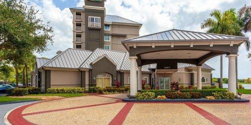 Забронировать La Quinta Inn & Suites Fort Lauderdale Airport
