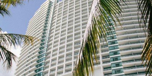 Забронировать The Diplomat Resort & Spa Hollywood - Curio Collection by Hilton