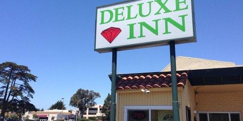 Забронировать Deluxe Inn