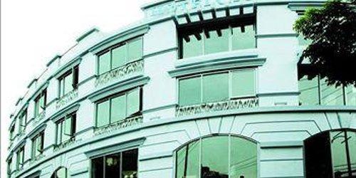 Забронировать Hotel Celeste