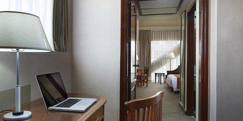 Забронировать Berjaya Makati Hotel