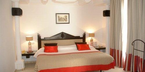 Забронировать Hotel Les Sirenes Thalasso & Spa
