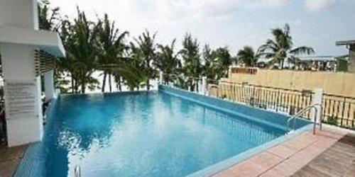 Забронировать Crown Regency Beach Resort