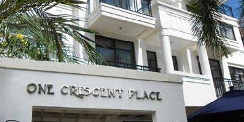 Забронировать One Crescent Place Hotel