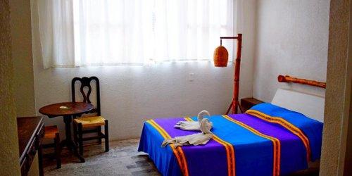 Забронировать Hotel Corona Zihua