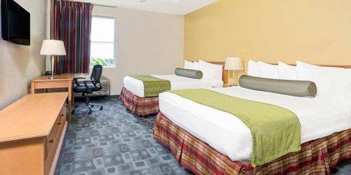 Забронировать Baymont Inn & Suites Miami Airport West