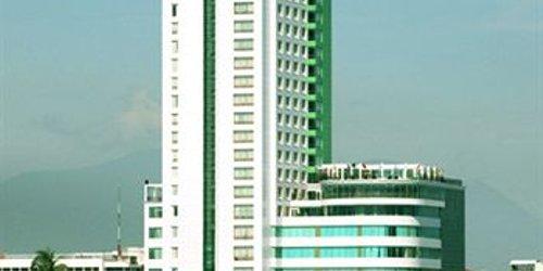 Забронировать Green Plaza Hotel