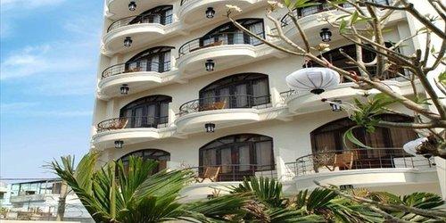 Забронировать Gold Coast Hotel