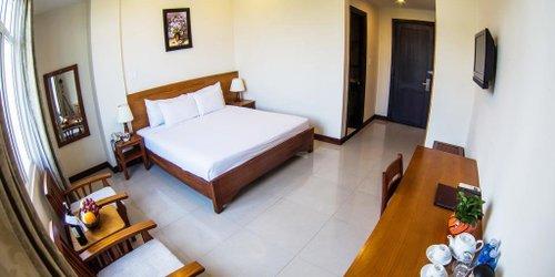 Забронировать Starlet Hotel Danang