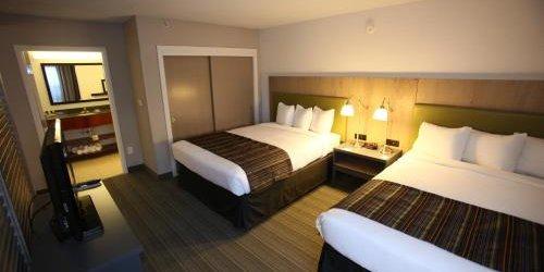 Забронировать Country Inn and Suites Phoenix Airport South
