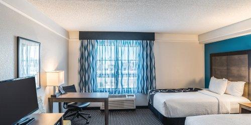 Забронировать La Quinta Inn & Suites Phoenix Chandler
