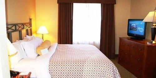 Забронировать Embassy Suites Phoenix - Scottsdale