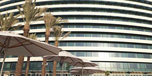 Забронировать Crowne Plaza Dubai Festival City