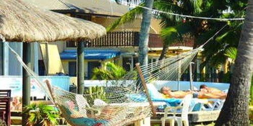 Забронировать Travellers Beach Resort
