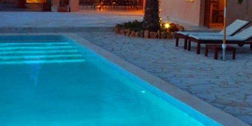 Забронировать Holiday home Casa Tres Leones