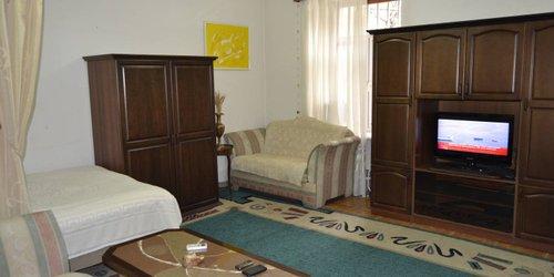 Забронировать Saryan Street Studio Apartment