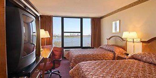 Забронировать Ramada West Atlantic City