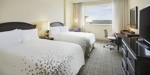 Забронировать Renaissance Fort Lauderdale-Plantation Hotel