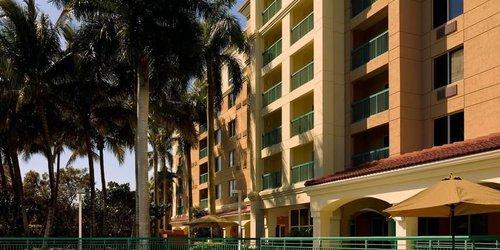 Забронировать Courtyard Fort Lauderdale Weston